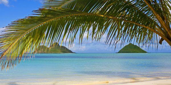 the mokulua islands off lanikai beach, oahu