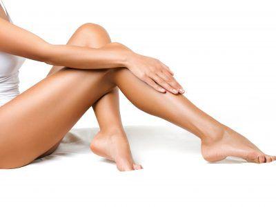 soin-jambes-legeres-noir-et-blanc-forma'sud- esthétique - formation -beauté - Montpellier